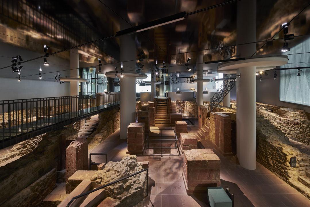 Inneneinsicht des Jüdischen Museum, verschiedenes Gestein aus der Judengasse
